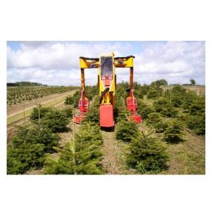 Tractor specializat pentru pepiniere de brazi MultiTrike