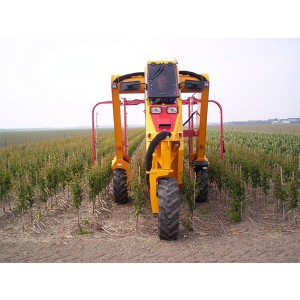 Tractor specializat pentru pepiniere pomicole MultiTrike